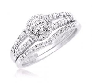 Haloed Round Center Stone Solitaire Bridal Set In 14K White Gold