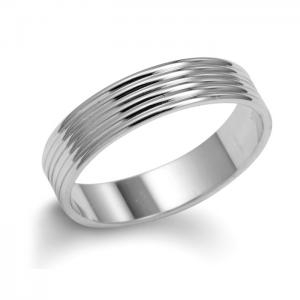 Men's Wedding Ring In Gold With Grooves