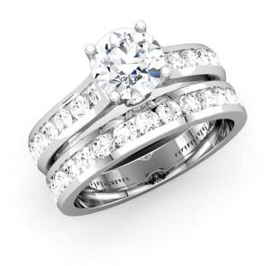ROUND DIAMOND CHANNEL BRIDAL SET