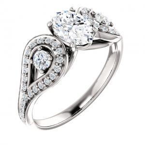 Three-Stone Sculptural Round Diamond Ring