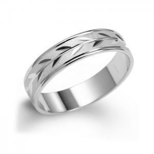 Unique Men's Wedding Ring With Leaf Pattern